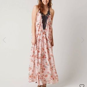Coco + Jaimeson maxi dress